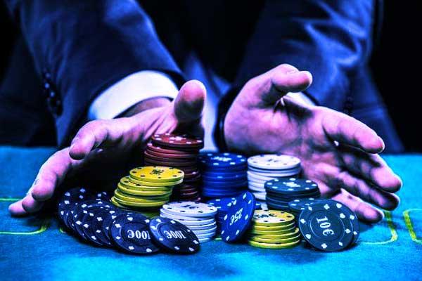 situs judi poker Online lebih Mudah Dimainkan